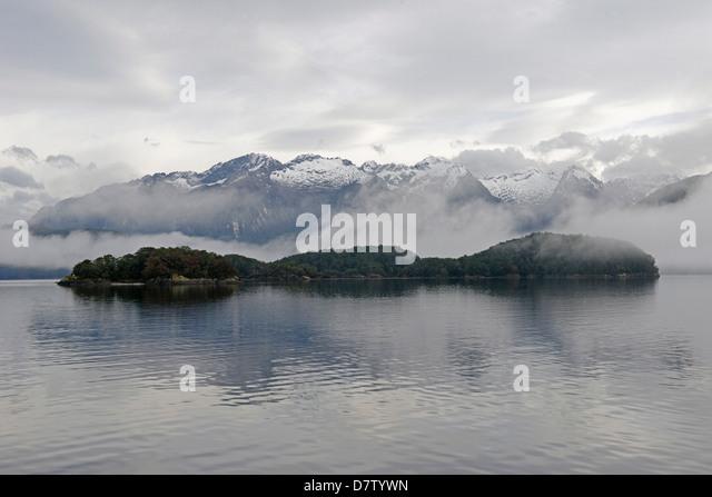 Lake Manapouri, zweifelhaft Sound, Fjordland National Park, UNESCO-Weltkulturerbe, Southland, Südinsel, Neuseeland Stockbild