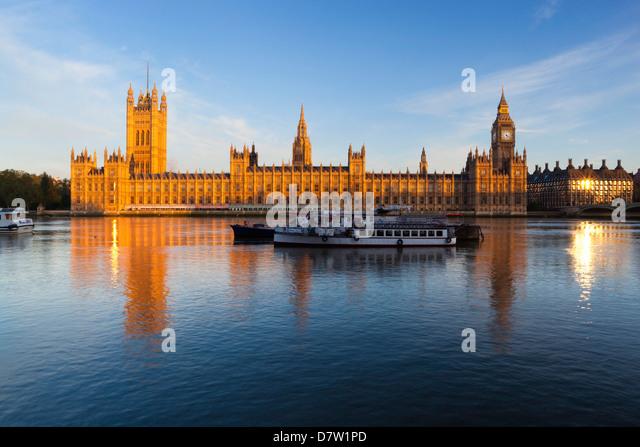 Houses of Parliament und Themse, Westminster, London, England, Vereinigtes Königreich Stockbild