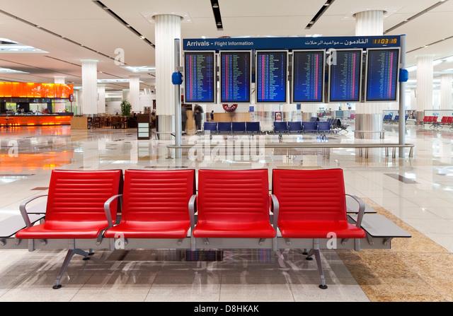 UAE, Vereinigte Arabische Emirate, Dubai, Dubai International Airport, Terminal 3, Ankunftshalle Stockbild