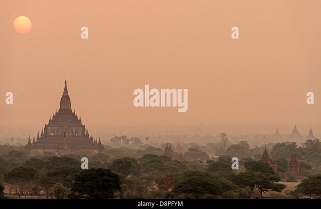 Bagan buddhistischen Stupas Mandalay Region von Burma Myanmar Stockbild