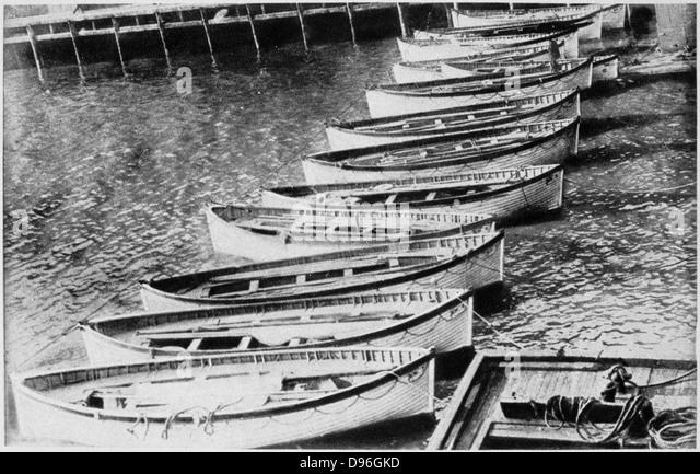 Der Verlust der SS Titanic, 14. April 1912: die Rettungsboote. Alles, was das größte Schiff der Welt  Stockbild