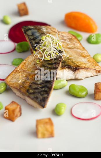 Feine Restaurants Makrele Salat Stockbild