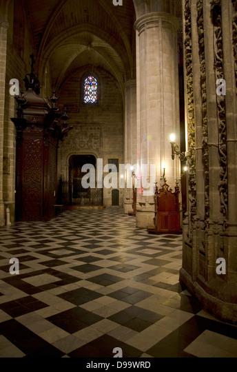 Innenraum der St. Michael Kirche in Jerez De La Frontera. Andalusien, Spanien. Stockbild