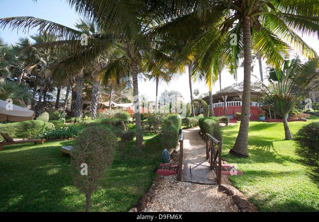 Ngala Lodge, gelegen zwischen den Resorts von Bakau und Fajara, in der Nähe von Banjul, Gambia, Westafrika, Stockbild
