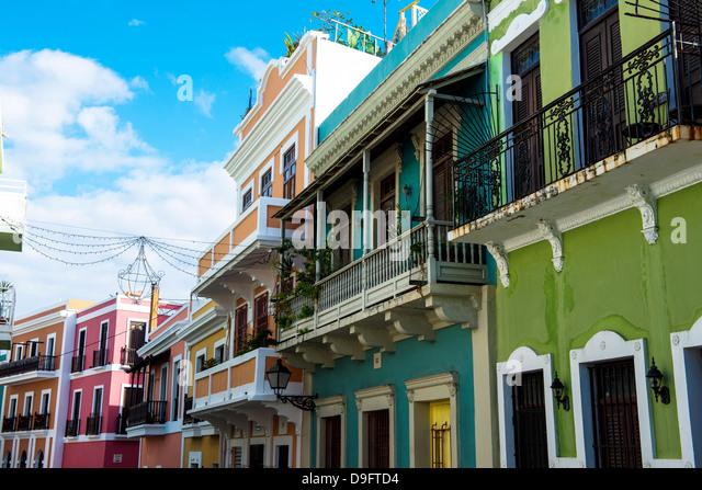 Farbenfrohe Gebäude in der alten Stadt von San Juan, UNESCO-Weltkulturerbe, Puerto Rico, West Indies, Karibik Stockbild