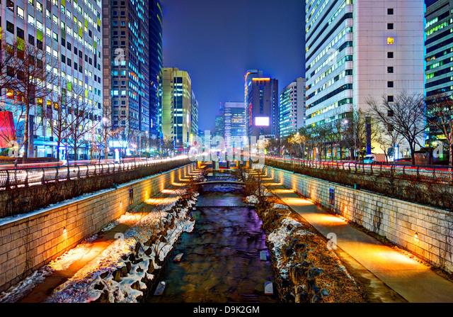 Cheonggyecheon Stream in Seoul, Südkorea ist das Ergebnis eines massiven Stadterneuerung-Projekts. Stockbild
