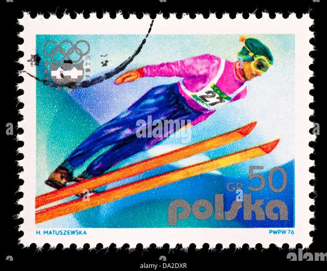 Briefmarke aus Polen Darstellung einen Skispringer. Stockbild