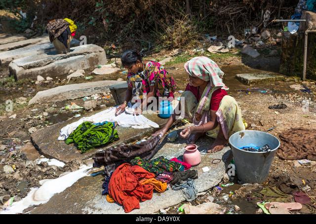 Indien, Süd-Indien, Asien, primitive, bunt, hart, waschen, Frauen, arbeiten Stockbild