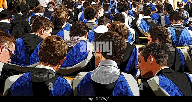 ILLUSTRATION der Abschlussfeier an einer Universität Stockbild