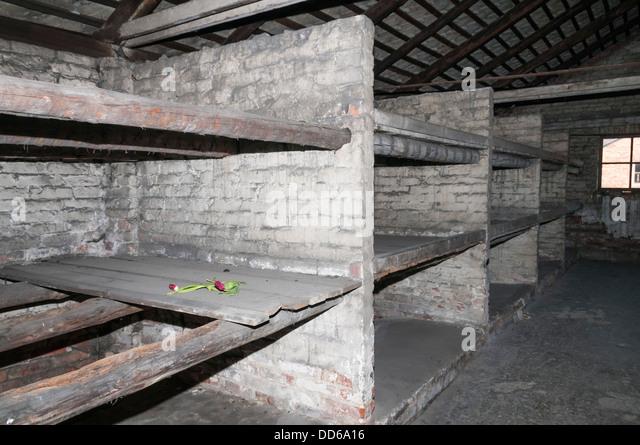 Wo schlief Häftlinge im KZ Auschwitz. Stockbild