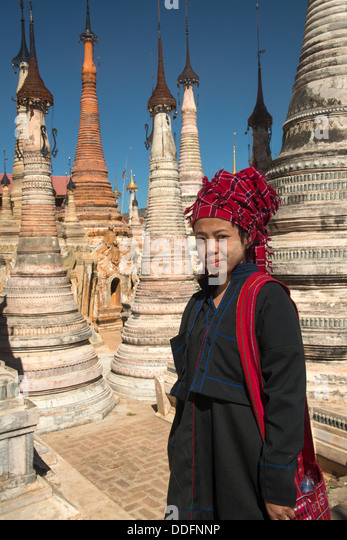 Takhaung Mwetaw Pagode (Tharkong) südlichen See, Inle-See, Shan-Staat, Birma (Myanmar). Stockbild