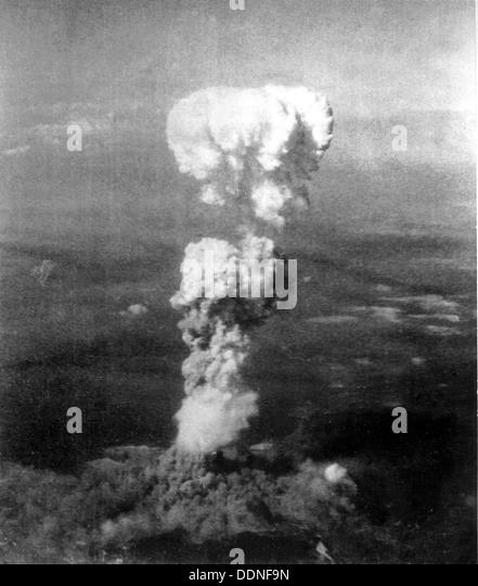 Hiroshima Atomic Bombenexplosion und Cloud, Japan Stockbild