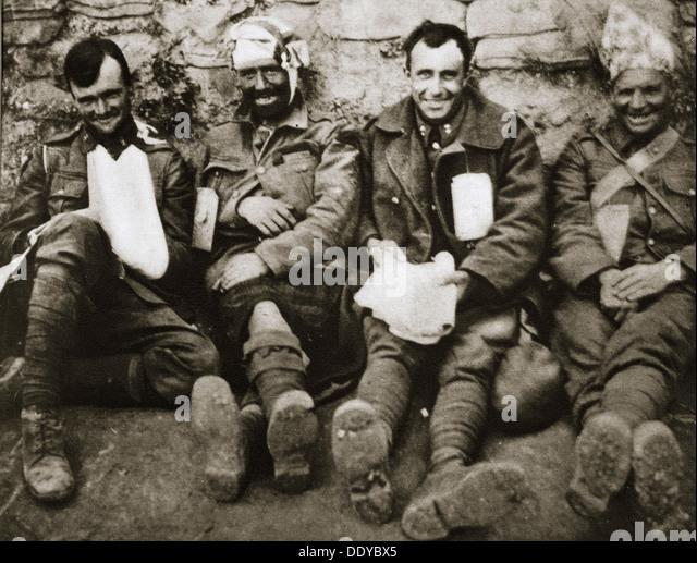 """""""Es ist ein langer Weg zu Tipperary"""", irische Truppen bei Gallipoli, Türkei, Weltkrieg, c1915-c1916. Stockbild"""