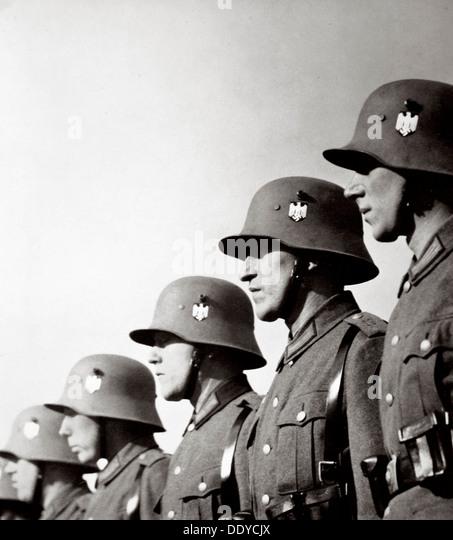 Deutsche Soldaten, Deutschland, 1936. Künstler: unbekannt Stockbild