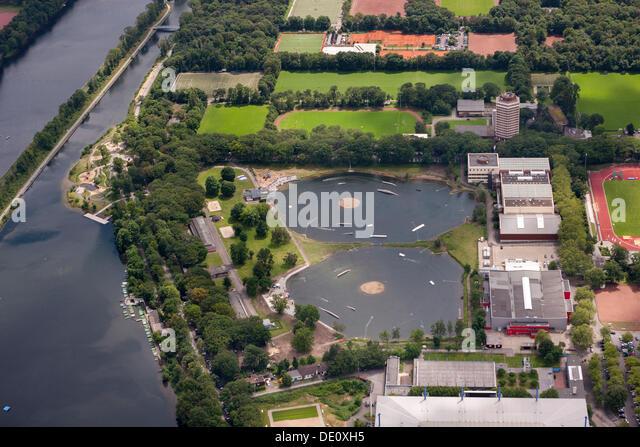 Luftbild, Wedau District, Wasserski-Zentrum in der Nähe von Schauinsland-Reisen-Arena Stadion, Duisburg, Ruhrgebiet Stockbild