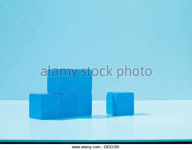 Stapel von blauen Blöcke Stockbild