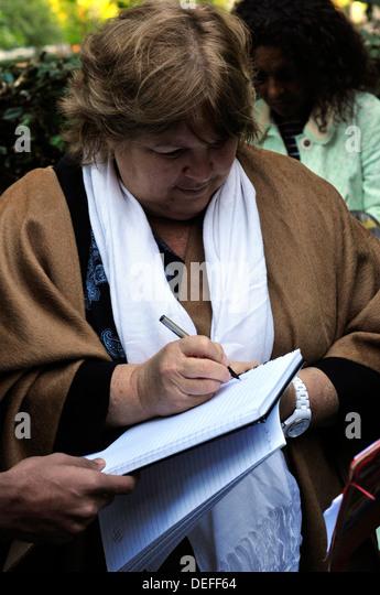 Aleida Guevara, die Tochter von Che Autogramme. Stockbild