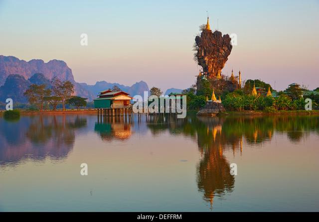 Kyauk Kalap Kloster, Hpa-An, Karen-Staat, Myanmar (Burma), Asien Stockbild