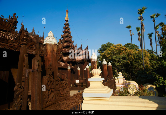 Shwe In Bin Kyaung Teakholz Tempel und Kloster, Mandalay, Myanmar (Burma), Asien Stockbild