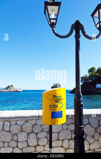greek post box greece stockfotos greek post box greece bilder alamy. Black Bedroom Furniture Sets. Home Design Ideas
