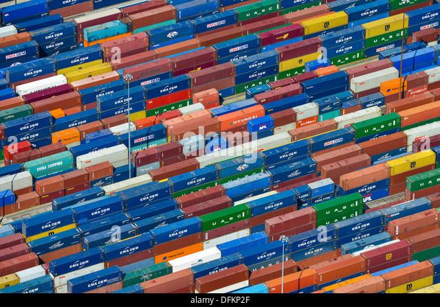 Luftaufnahme der Versandbehälter an Southampton docks Stockbild