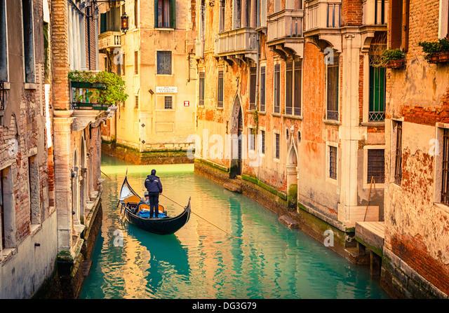 Kanal in Venedig Stockbild