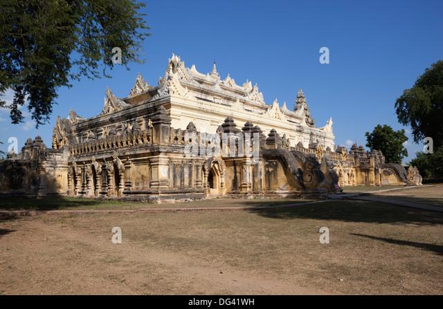 Mahar Aung Mye Bon San Kloster erbaut 1822, Inwa, in der Nähe von Mandalay, Myanmar (Burma), Asien Stockbild