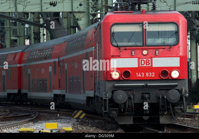 RB27 (Regionalzug) Köln Stockbild