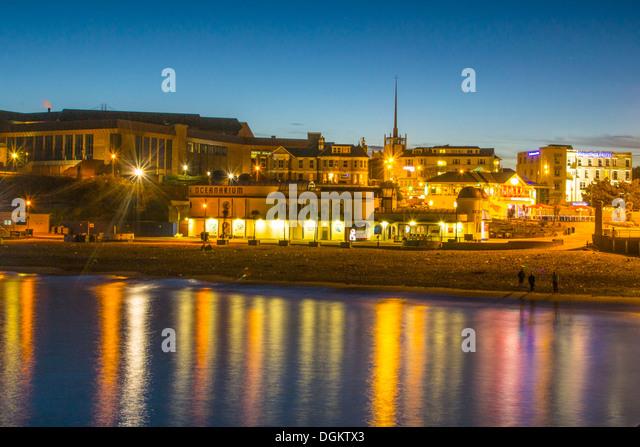 Ein Blick auf Bournemouth Strand von der Seebrücke entfernt. Stockbild