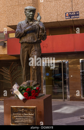 Spanien-Murcia, Statue von Paco Rabal, Schauspieler Stockbild