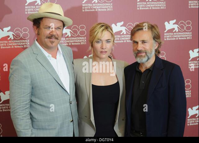 John C Reilly, Kate Winslet und Christoph Waltz, die Teilnahme an einem Fototermin für den Film Gemetzel, 68. Stockbild