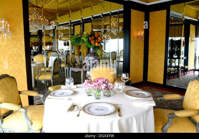 Edle hochwertige französische Gourmetrestaurant Stockbild