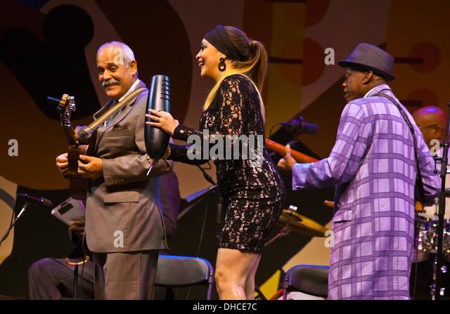 Vorformen der ORCHESTRA BUENA VISTA SOCIAL CLUB auf der Jimmy Lyons Bühne auf dem Monterey Jazz Festival - Stockbild