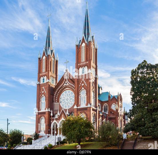 Katholische Kirche St. Joseph in Poplar Street in der Innenstadt von Macon, Georgia, USA Stockbild