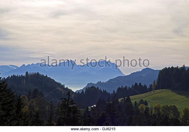 Alpenblick in Lindenberg Stockbild