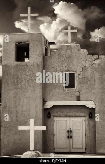 Kirche von Santa Clara Pueblo. New-Mexico Stockbild