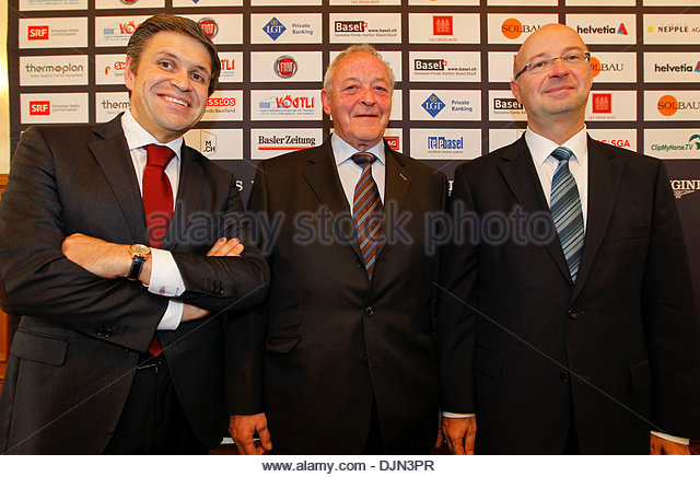 Longines CSI Basel Pferd springen Pressekonferenz mit neuen Titel Sponsor Longines Uhren im Hotel Les Trois Rois Stockbild