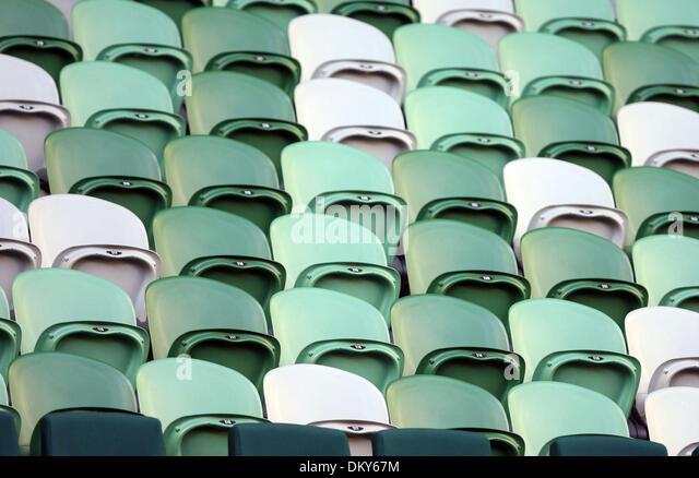 20. Januar 2010 - Melbourne, Victoria, Australien - leere Stadionsitze während der Justine Henin (BEL) Vs Elena Stockbild