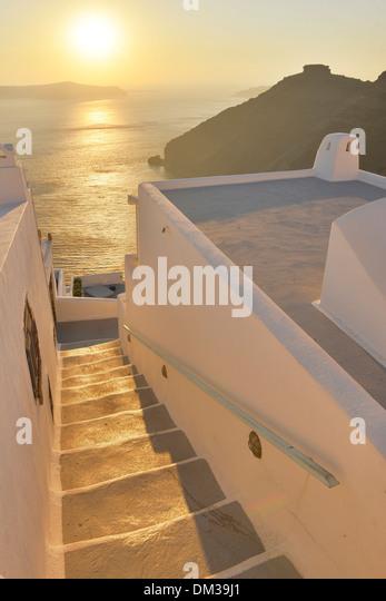 Europa Ägäis Kykladen Griechenland Santorini Thira Insel griechischen Thira Treppe Schritte Sonnenuntergang Stockbild