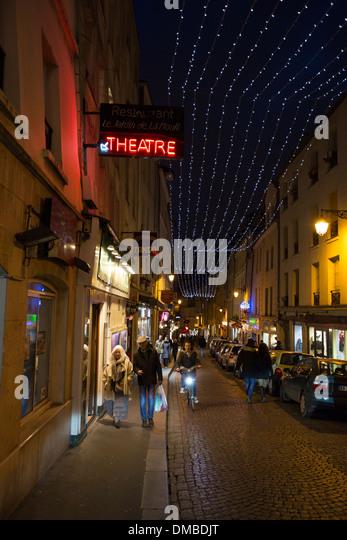 Rue Mouffetard im Quartier Latin von Paris, Frankreich Stockbild