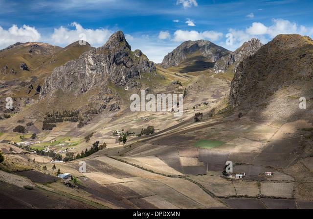 Ackerland in der Nähe von Zumbahua, Provinz Cotopaxi in Ecuador Stockbild