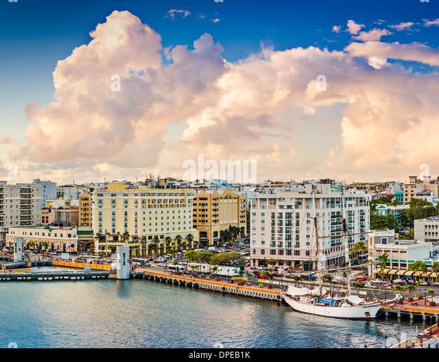 San Juan, Puerto Rico Old City-Skyline. Stockbild