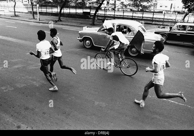Marathon Läufer, Mumbai, Maharashtra, Indien, 1984 Stockbild