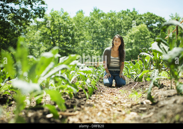 Woodstock, New York USA junge Frau auf traditionellen Bauernhof New York State USA Stockbild