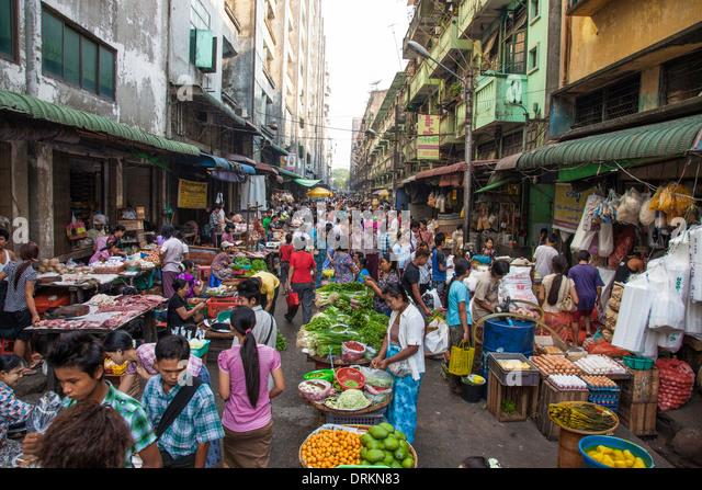 Markt in Yangon, Myanmar Stockbild
