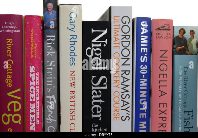 Starkoch Kochbücher im Regal Stockbild