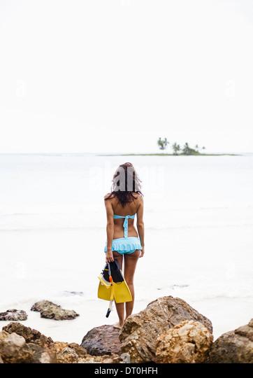 Halbinsel Samana Dominikanische Republik. Frau mit Schnorchelausrüstung Dominikanische Republik Stockbild