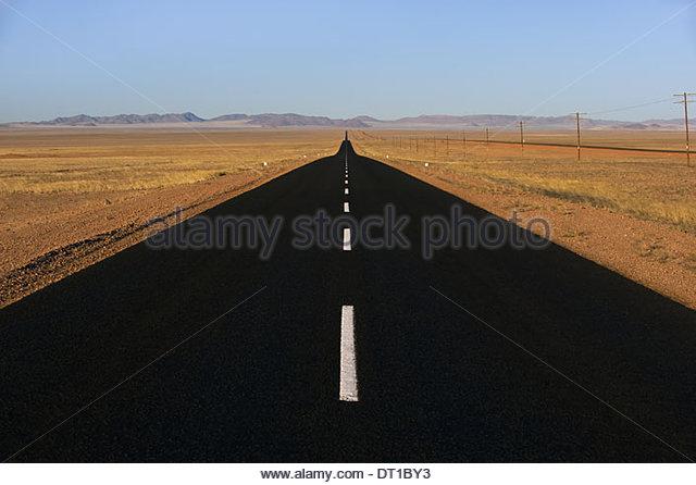 Namibia geteerten Straße in der Nähe von Lüderitz Namibia Stockbild