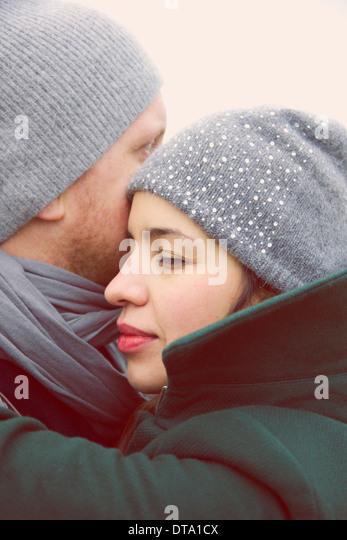 Paar umarmen, Nahaufnahme Stockbild