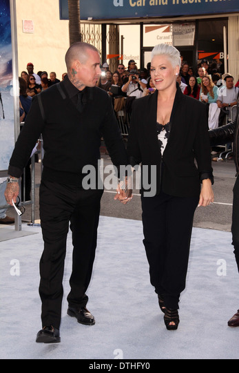 "Carey Hart, Alecia Rosa"""" Moore bei der ""Happy Feet 2"" Welt Premiere, Chinese Theater, Hollywood, Stockbild"